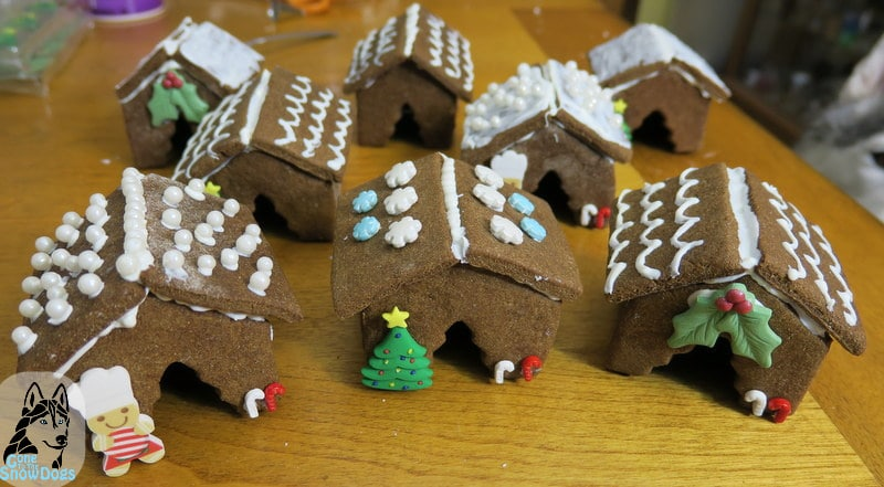 DIY Gingerbread Dog house