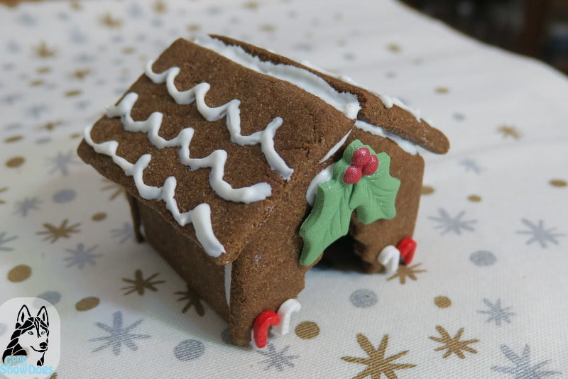 DIY Christmas Dog Treats Gingerbread Dog House