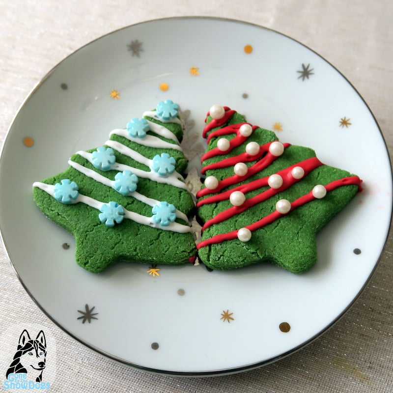 DIY Christmas Cookies for Dogs